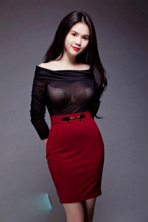 thoi trang cong so Bộ trang phục dành cho cô nàng ngực đầy, muốn kheo thân hình gợi cảm