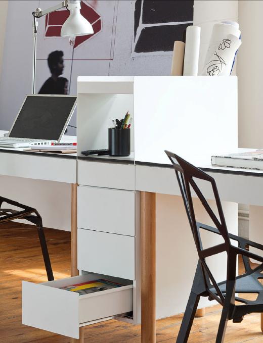 Tray de pedro feduchi para imasoto una personal mesa de - Disenador de interiores trabajo ...