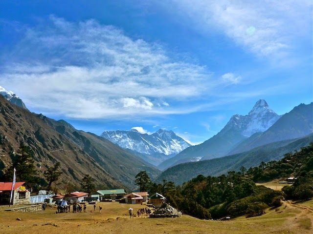 View on Everest and other mountain tops from Tengboche