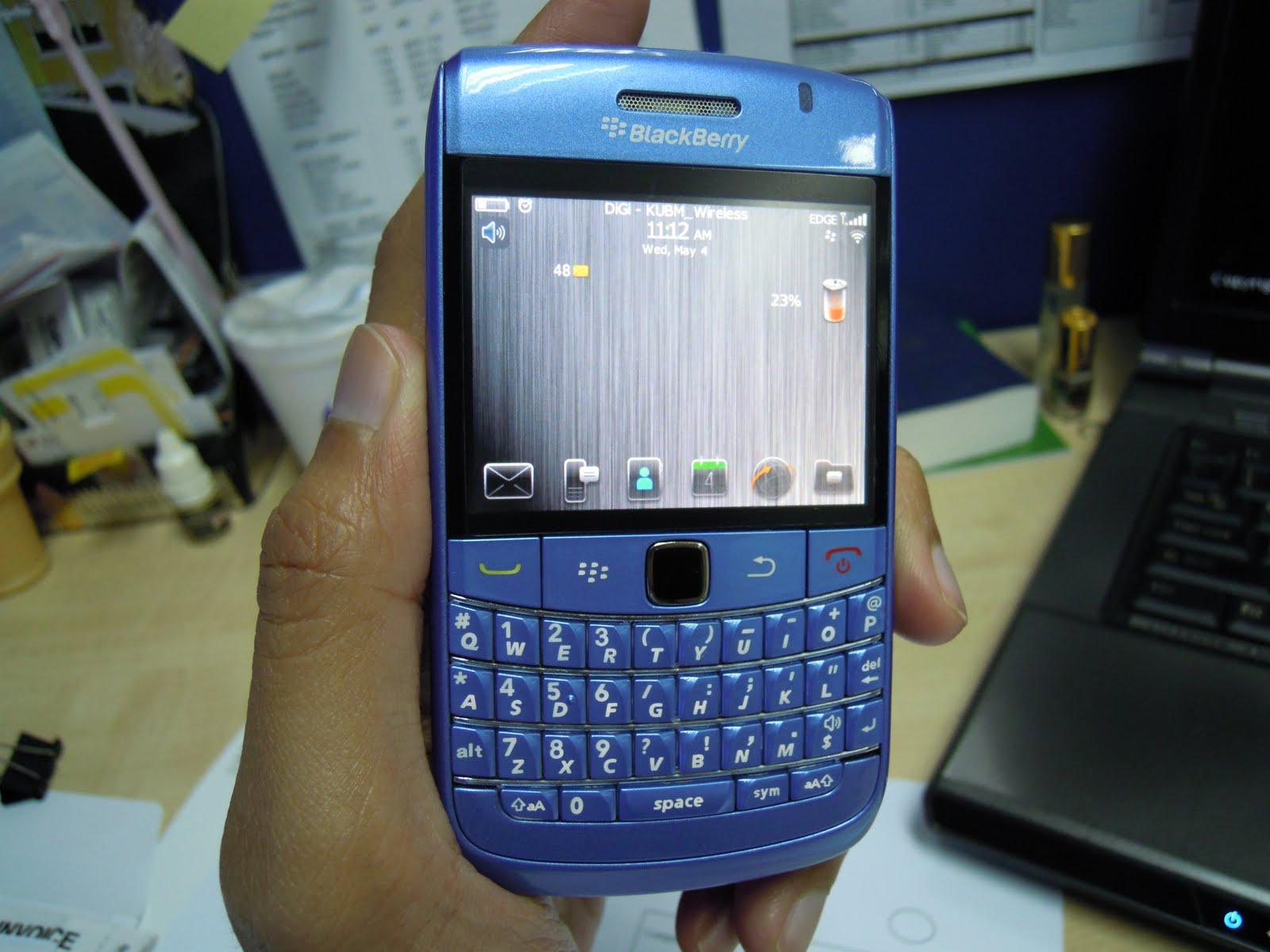 yujito accessories blackberry bold 9700 housing light blue. Black Bedroom Furniture Sets. Home Design Ideas