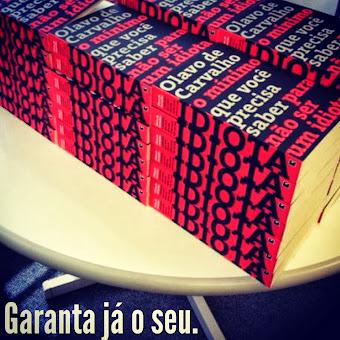 Livro organizado por Felipe Moura Brasil