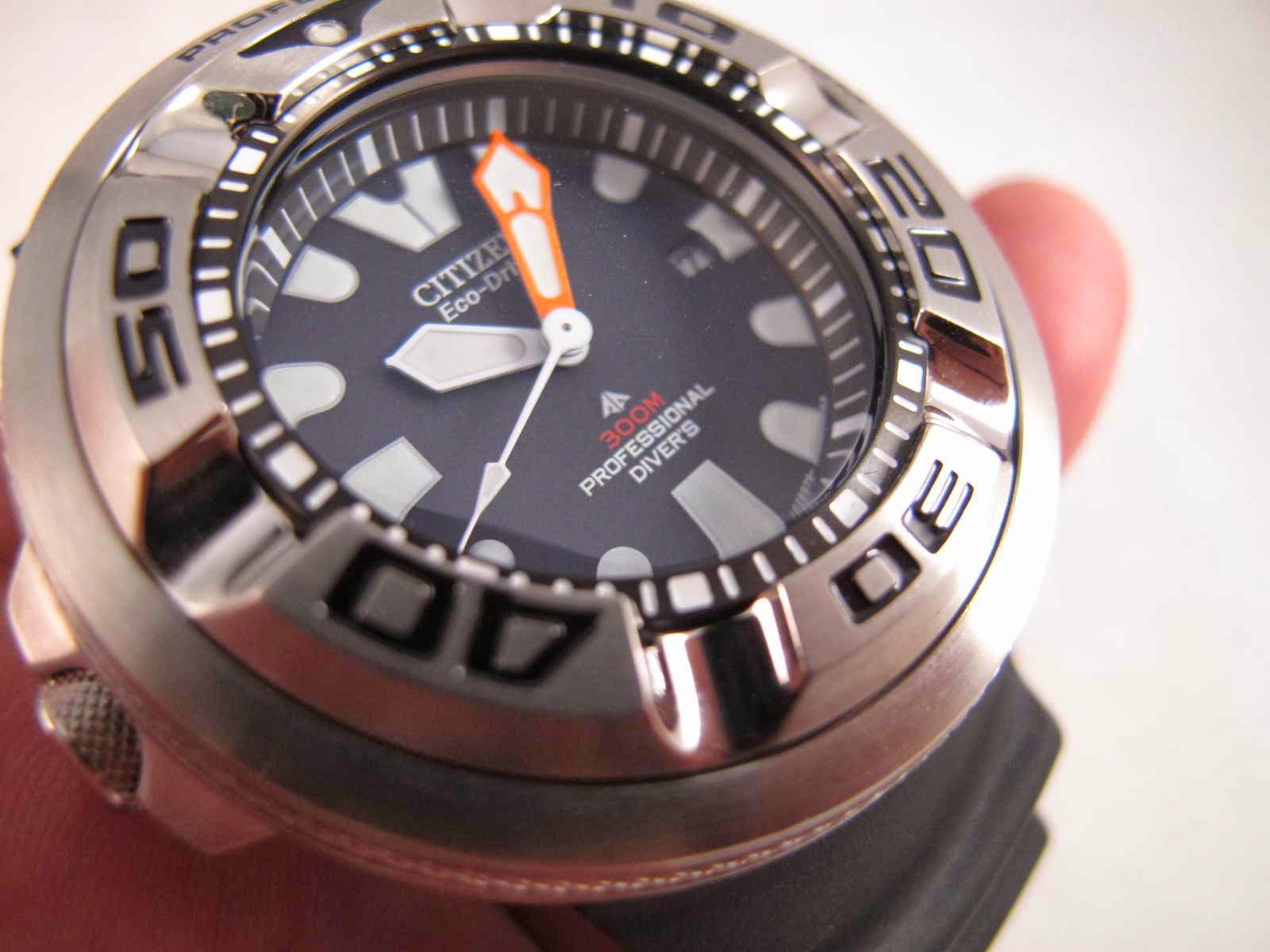 Kondisi Citizen Ecozilla SS ini Brand New Watch lengkap dengan box manual dan warranty card Cocok untuk Anda yang sedang mencari jam tangan Diver