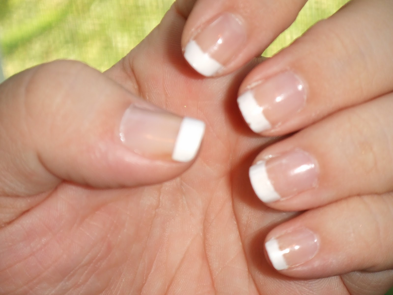datyorkLOVES: French Tip Nails