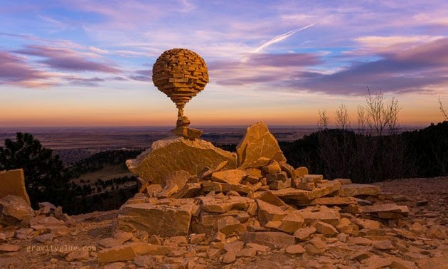 balanced rock sculptures by Michael Grab4