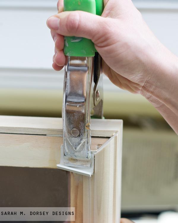 pottery barn inspired mirror krylon looking glass spray paint. Black Bedroom Furniture Sets. Home Design Ideas