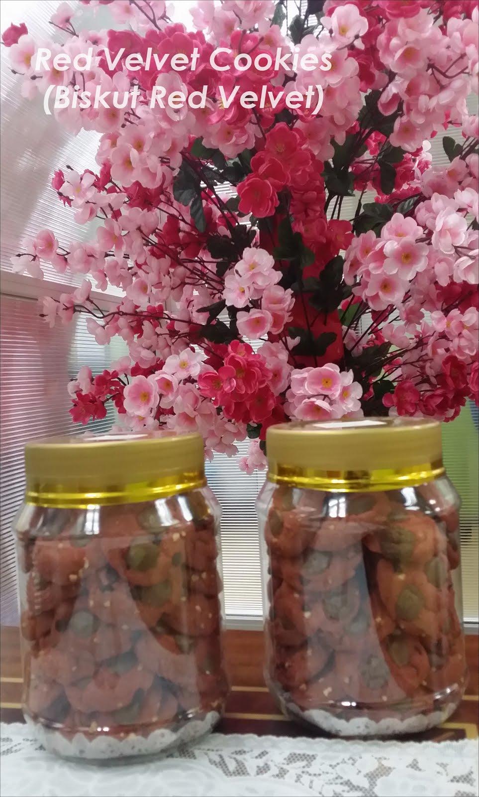 Red Velvet Cookies - RM35
