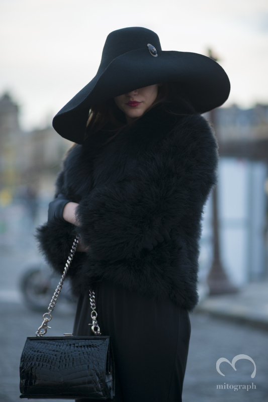 Woman after Nina Ricci Paris Fashion Week 2014 Fall Winter PFW Season