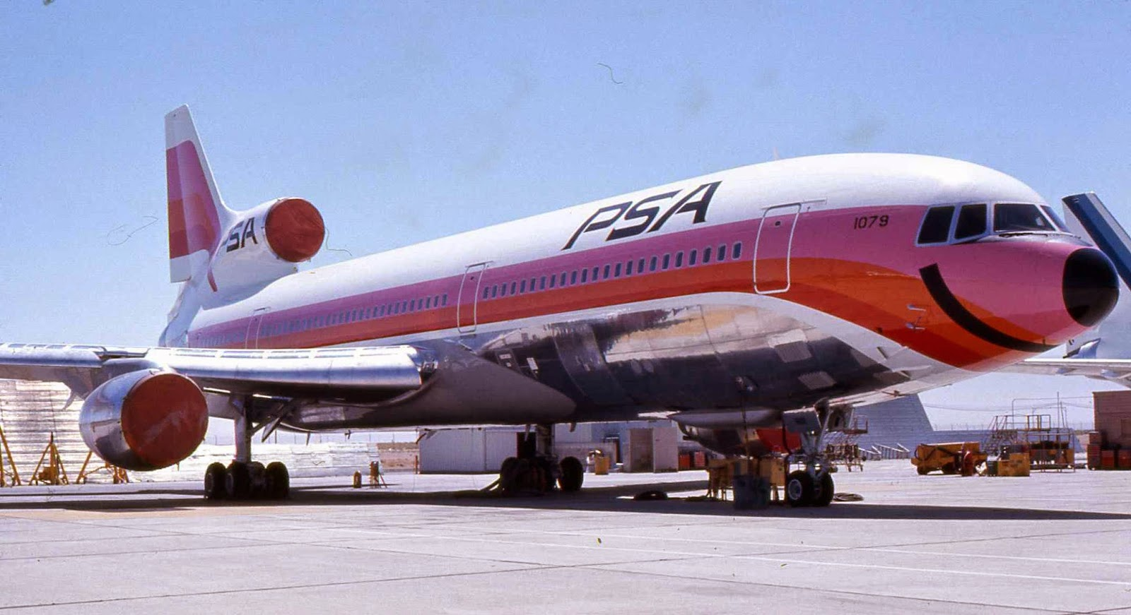 Pasajero de Southwest Airlines ahora posando desnuda