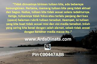 http://www.ardadinata.com/2015/08/mengenal-karakter-media-massa.html