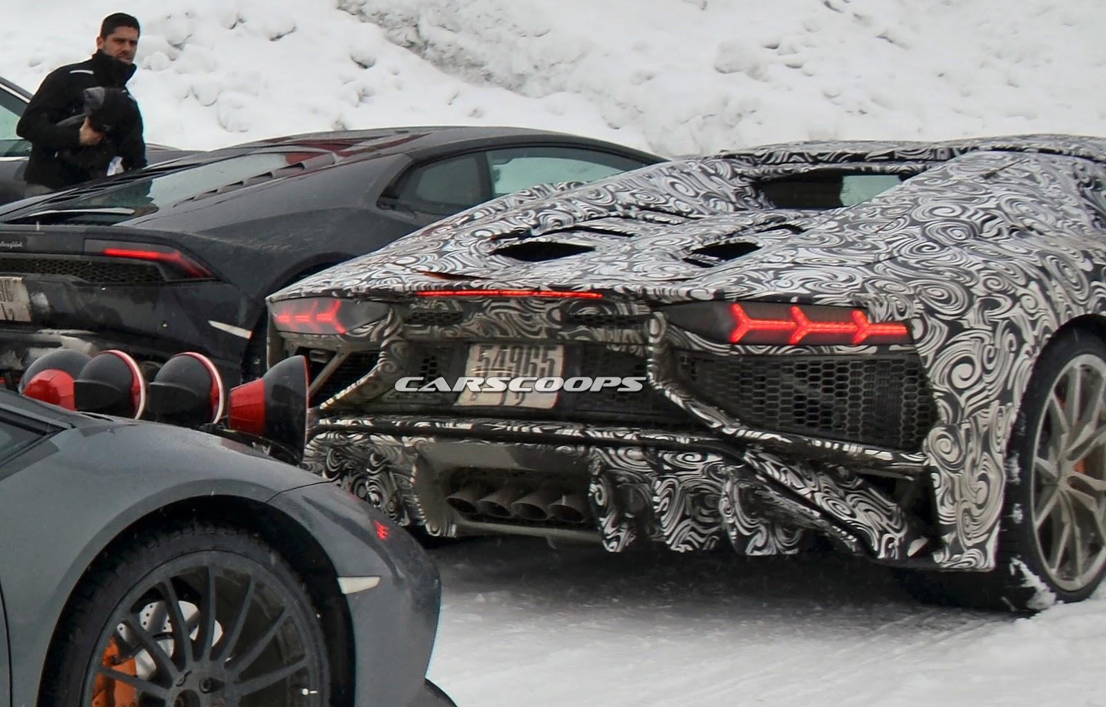 2017-Lamborghini-Aventador-SV-Roadster-2.jpg