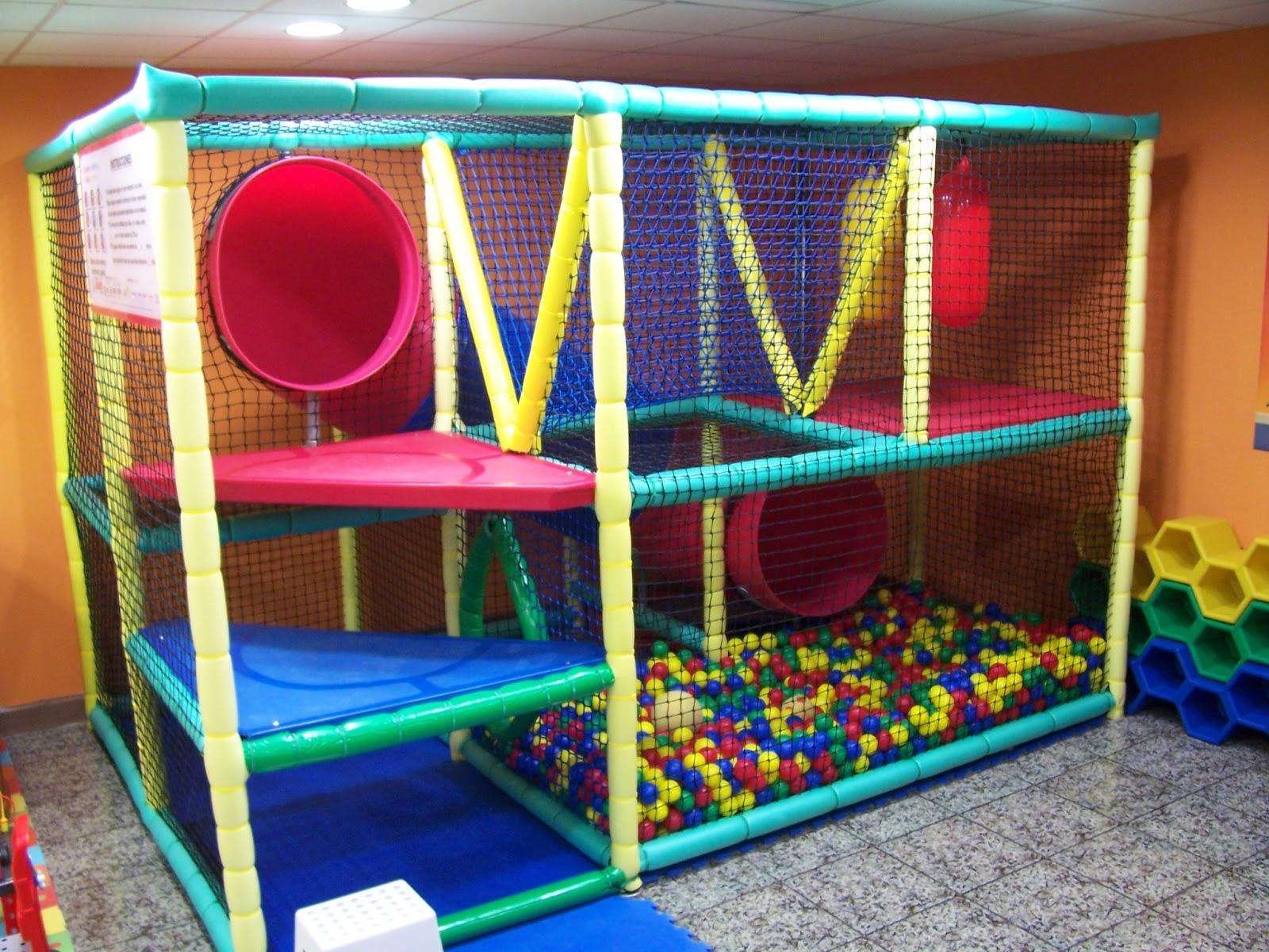 Parques de segunda mano interesan dima parques infantiles for Bolas piscinas infantiles