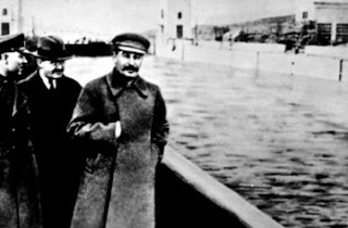 Stalin+sin+Yezhov+borrado