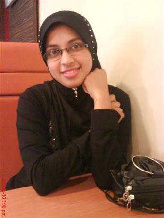 Kerala Beautiful Muslim Girl Dreamland...!