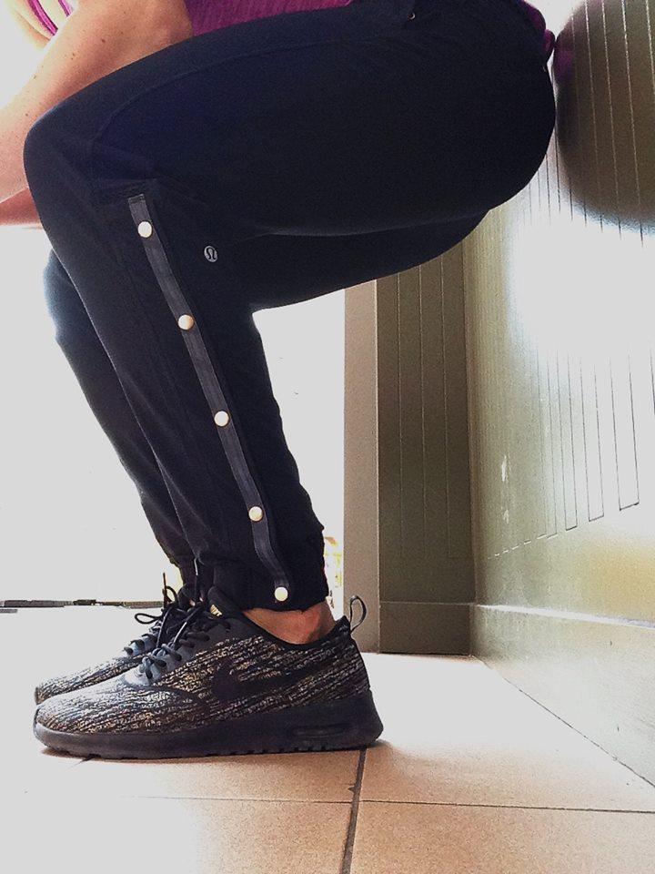 lululemon-var-city-track-pant black