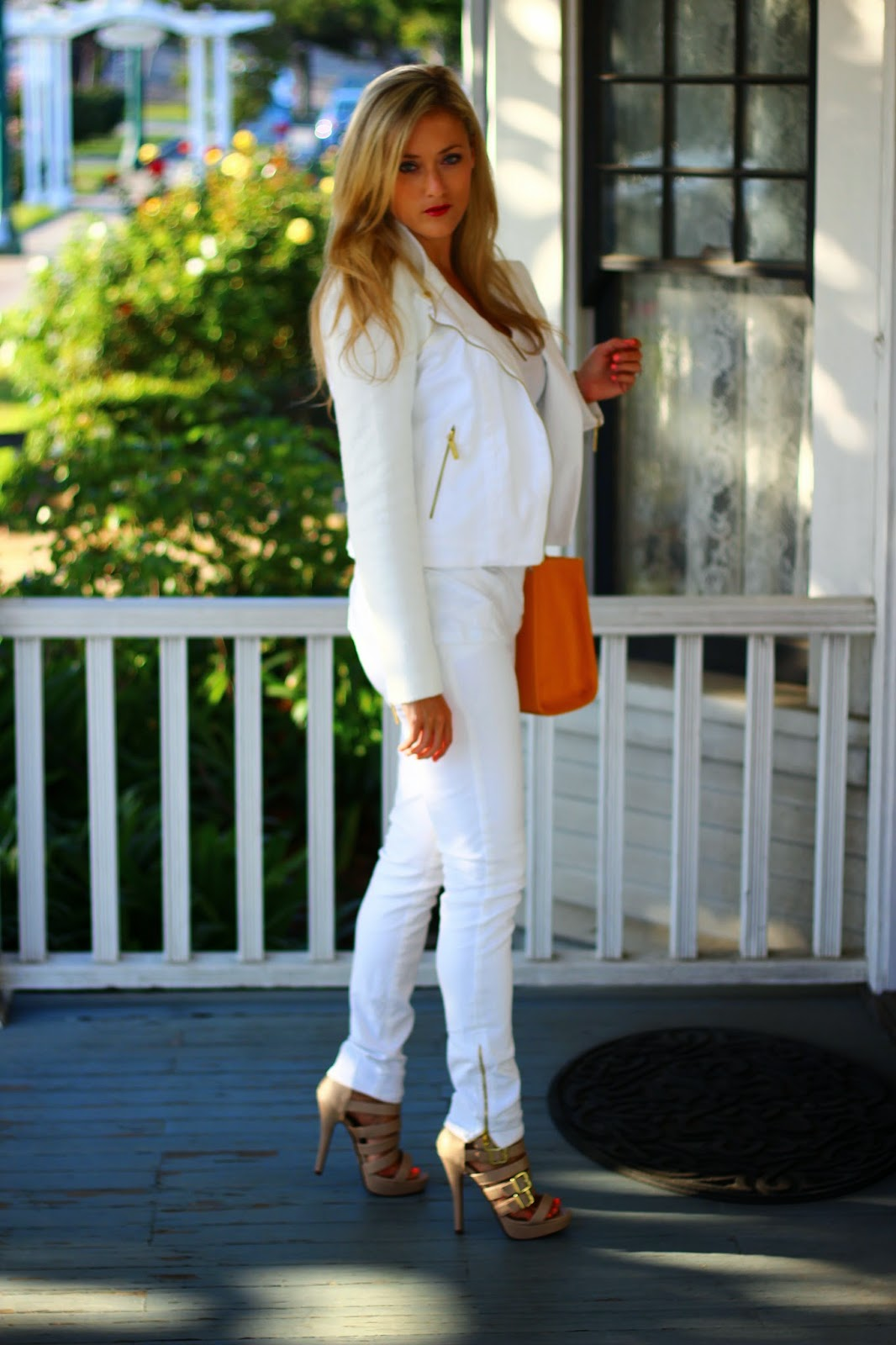 white tweed jacket, white pants, white on white