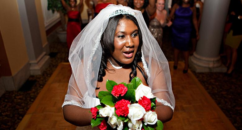 Pitts Wedding bouquet toss