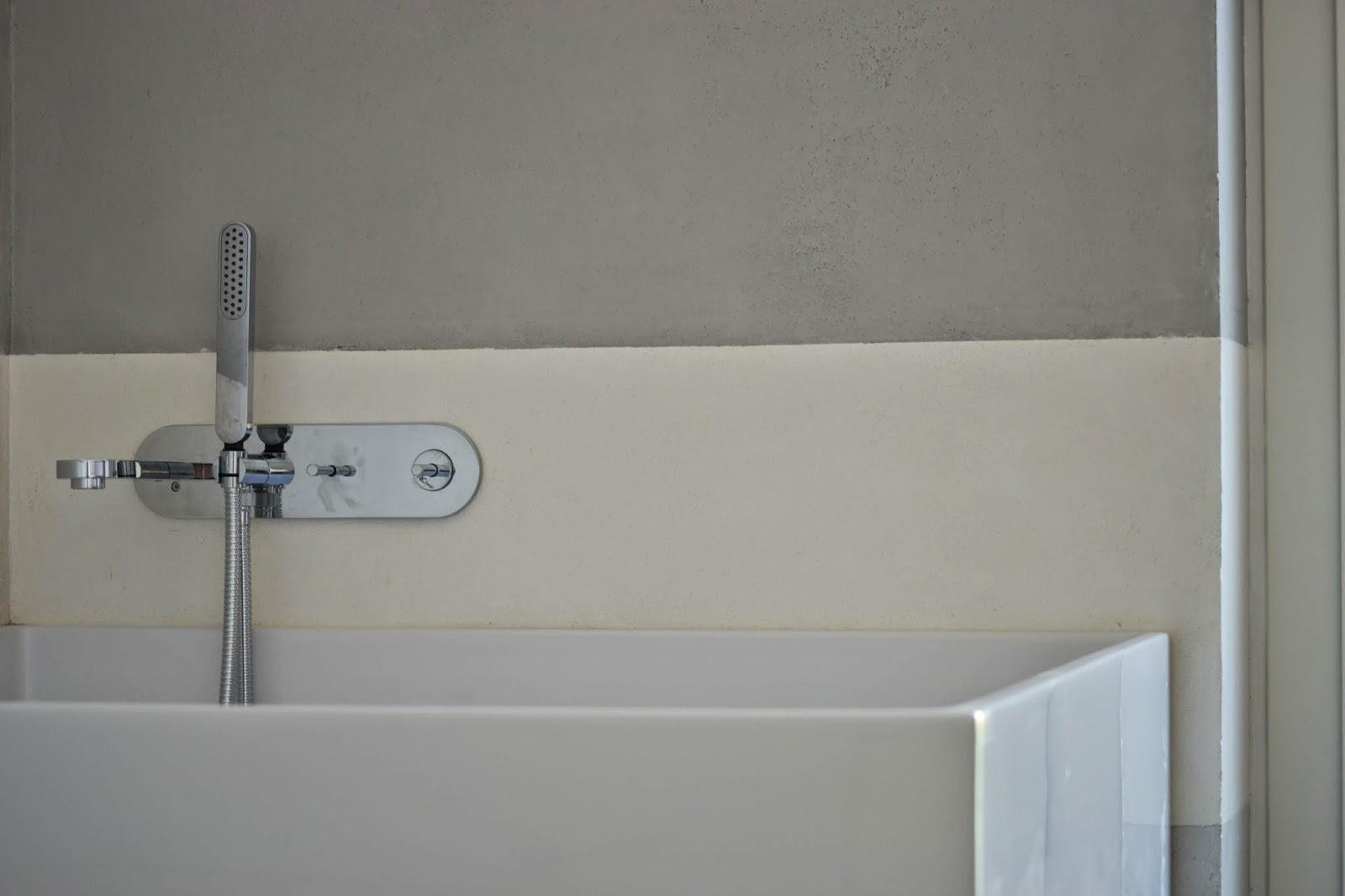 Bagni In Marmorino : Chiartec: rivestimento bagno in marmorino a fasce orizzontali
