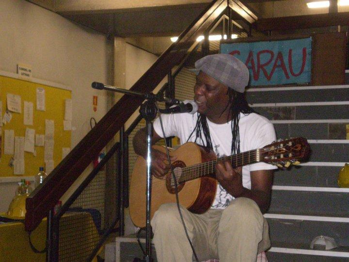 O músico Haroldo Oliveira