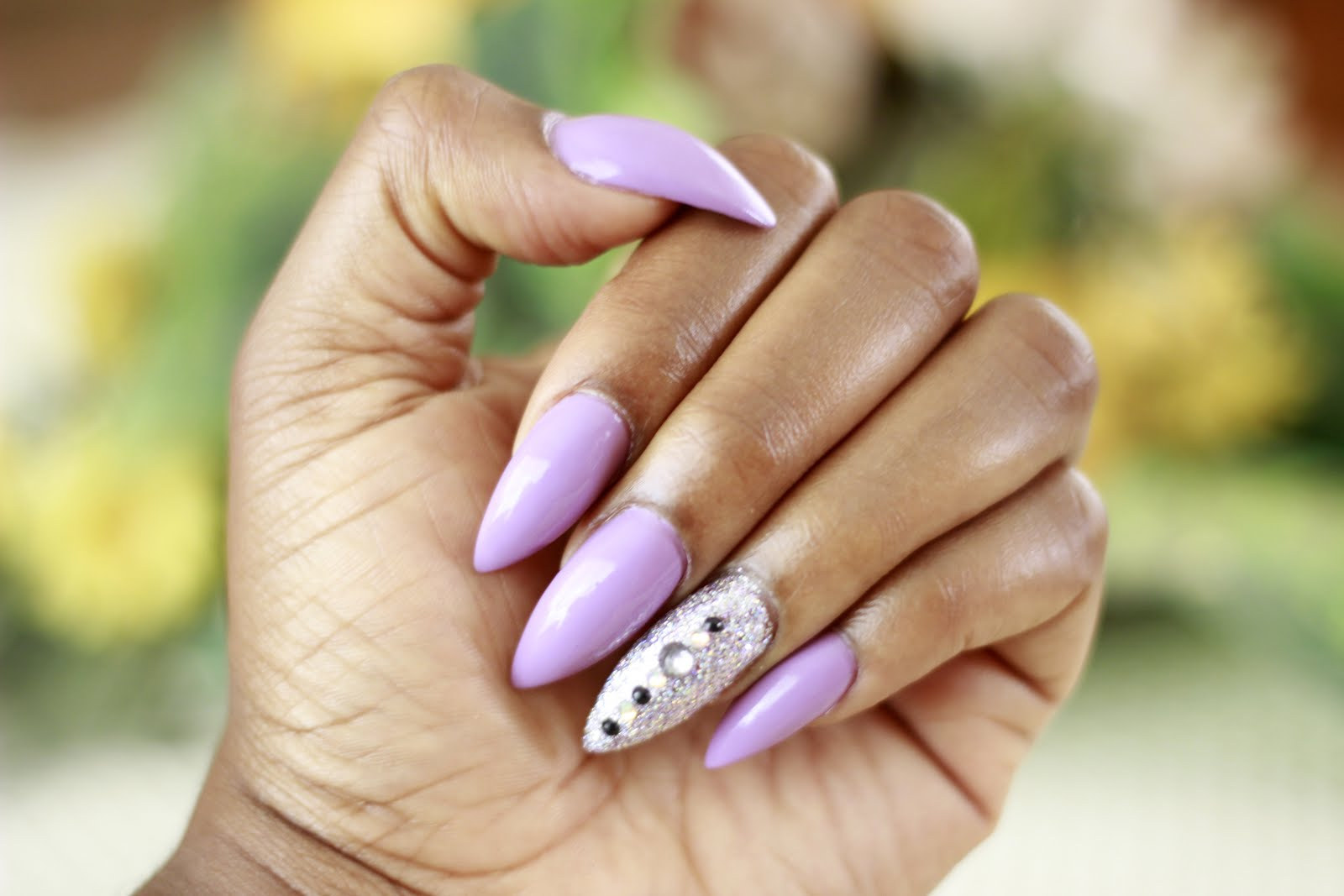 Manicure Monday: Lavender Purple and Silver Glitter Highlights ...