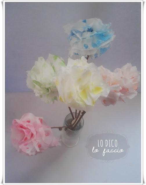come fare fiori di carta igienica