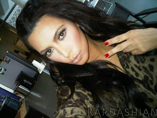 kim kardashian red nails leopard print trend 040611 1 Kardashian Kollection for OPI?