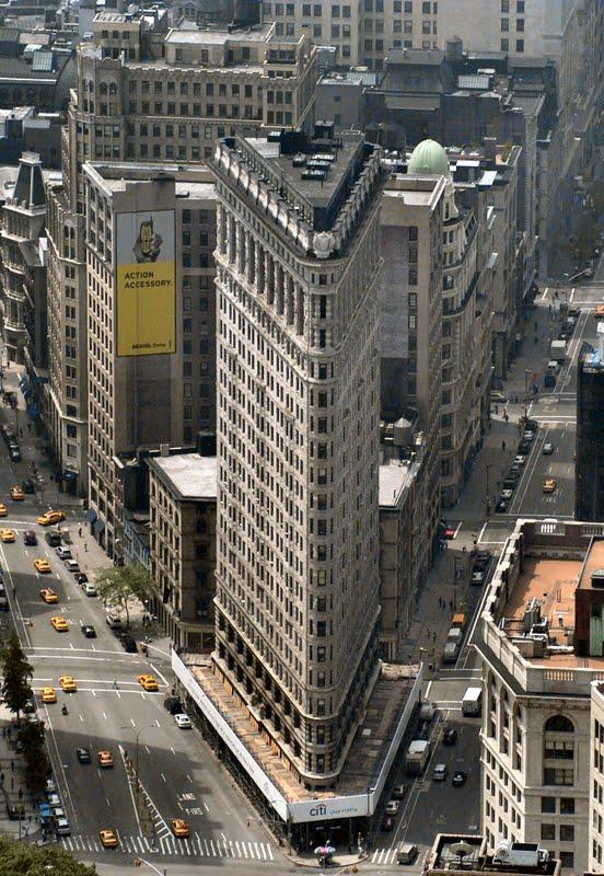 http://4.bp.blogspot.com/-rA-_x8ffj5E/TfyfV83g4zI/AAAAAAAAFRU/coY9dpRhq9s/s1600/Flatiron+Building+of+New+York++%252814%2529.jpg