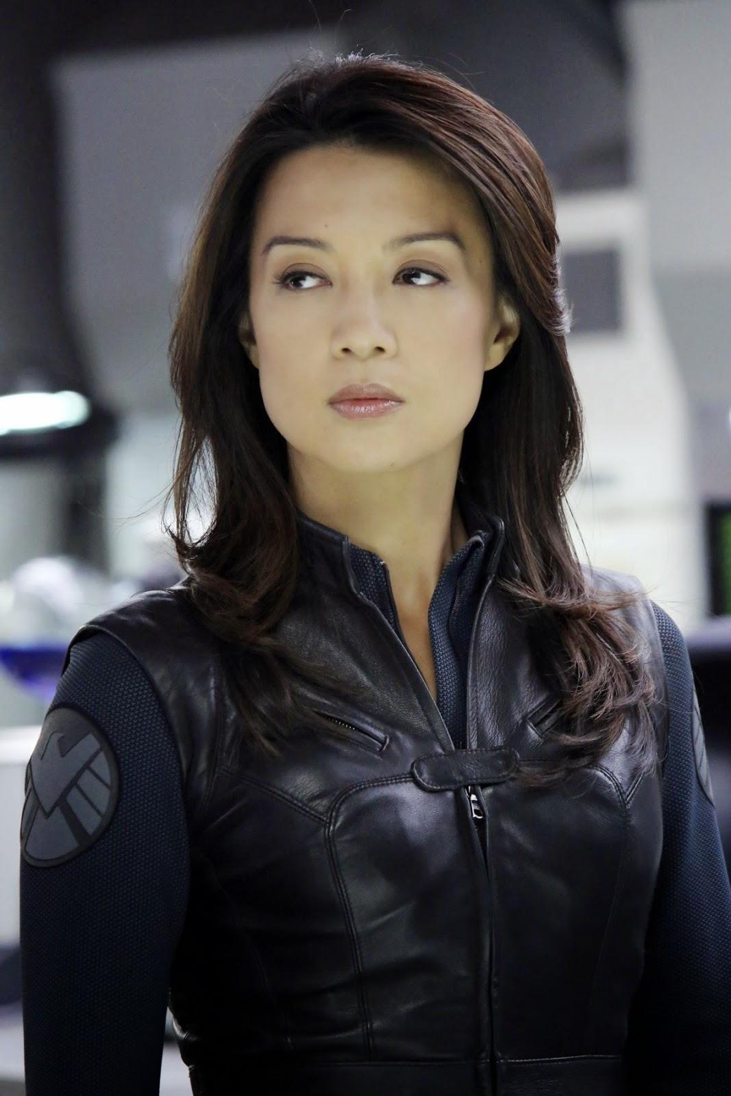 Post -- Marvel's Agentes de  S.H.I.E.L.D -- Temporada 4 -- 20 de Septiembre - Página 15 Ming-na-wen-at-marvel-s-agents-of-s.h.i.e.l.d.-ep.-108_1