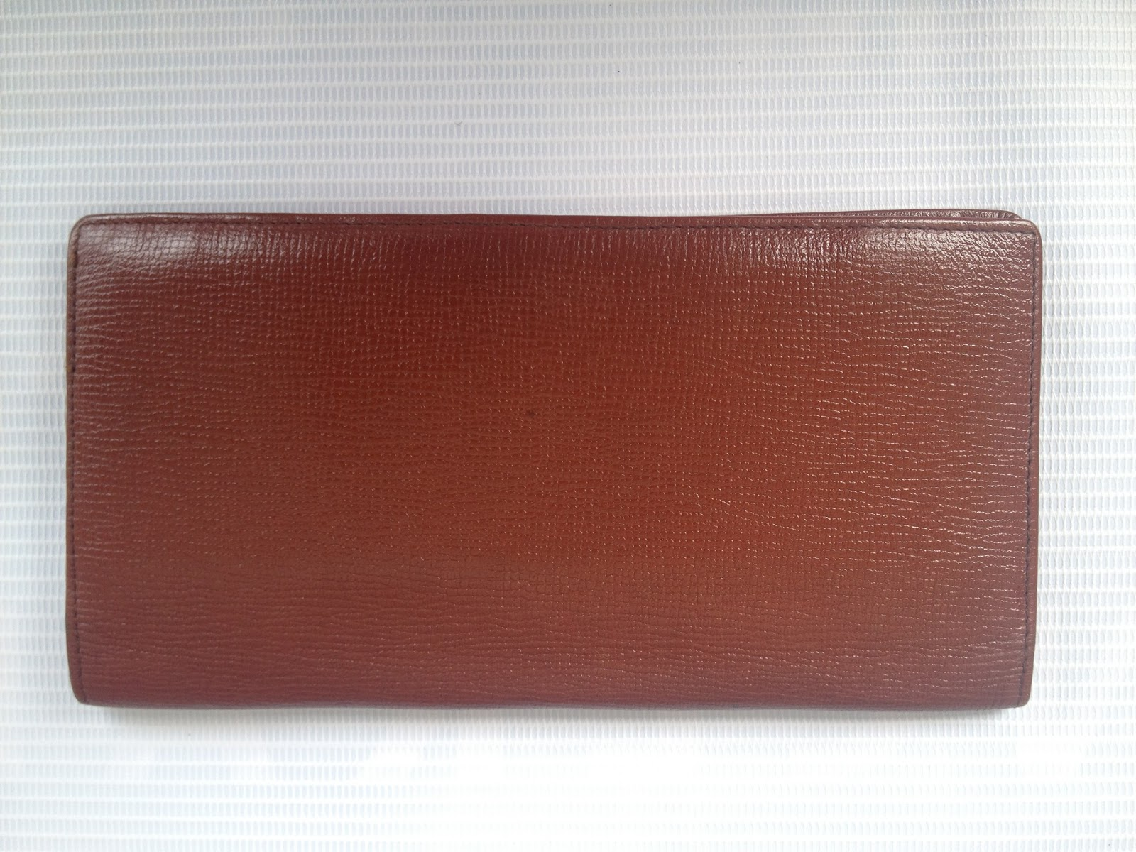 4ffc7bd078 NEGO BUNDLE (017-9263523)  Authentic GUY LAROCHE Brown Leather Long ...