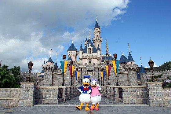 http://4.bp.blogspot.com/-rAf1OLHp0jY/UiLbDqNxkoI/AAAAAAAAEBE/E2ryP5UW_zs/s1600/Tempat+Wisata+di+Hongkong+yang+terbaik+Hong+Kong+Disneyland+yoshiewafa.blogspot.com.jpg