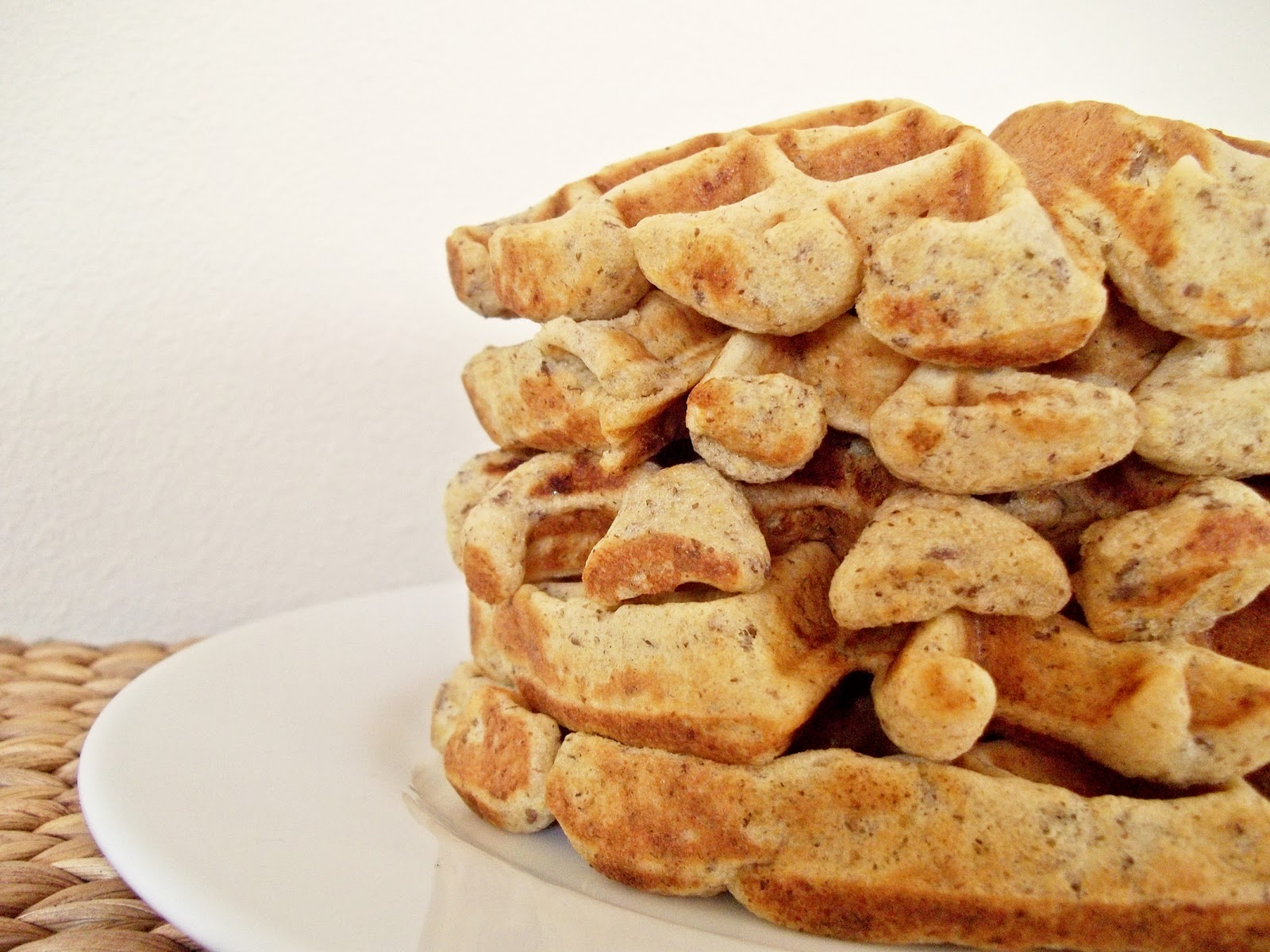 The Lonely Baker: Whole Grain Waffles