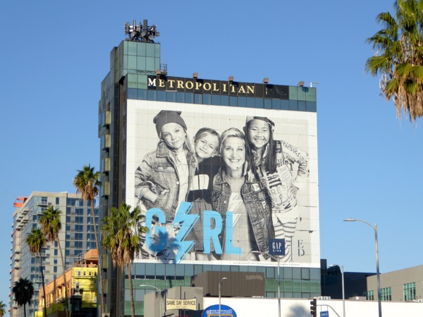 Giant Ellen Degeneres Gap Kids billboard