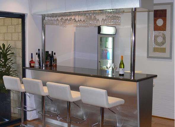Blog de decora o arquitrecos bar em casa muito anos 80 - Bares pequenos para casas ...