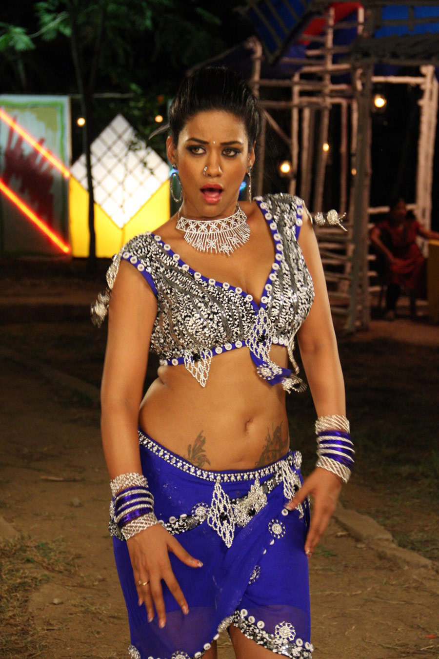 tamil film news tollywoodblog in mumaith khan hot photos from arya