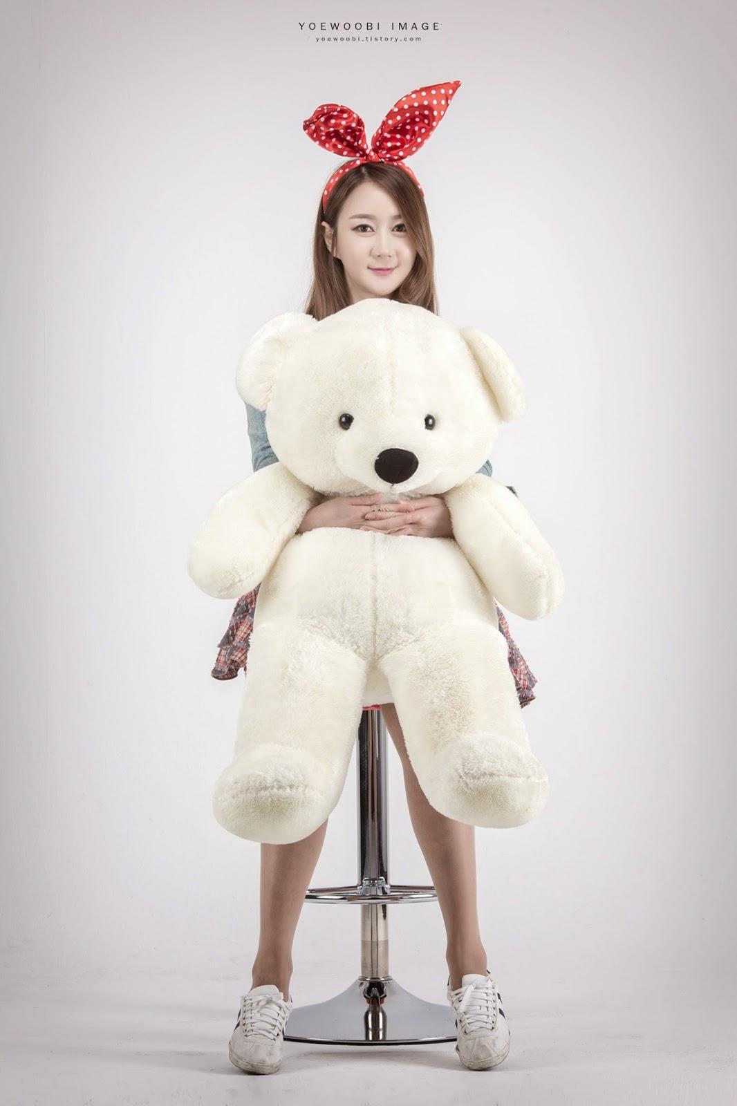 4 Han Chae Yee - IN-N-OUT - very cute asian girl-girlcute4u.blogspot.com