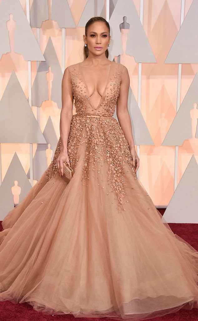 Jennifer Lopez em Elie Saab