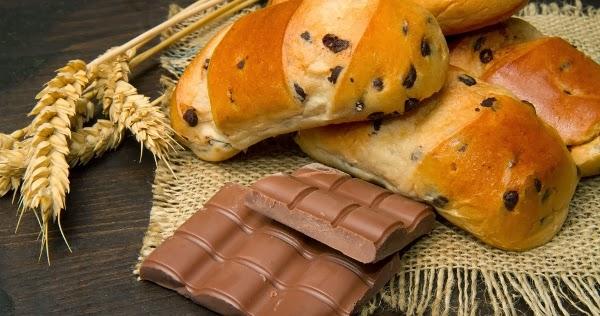 طريقة عمل الخبز بالشيكولاتة اللذيذ للأطفال