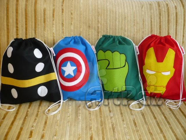 Fantoche, centro de mesa e mochila Vingadores - Capitão América