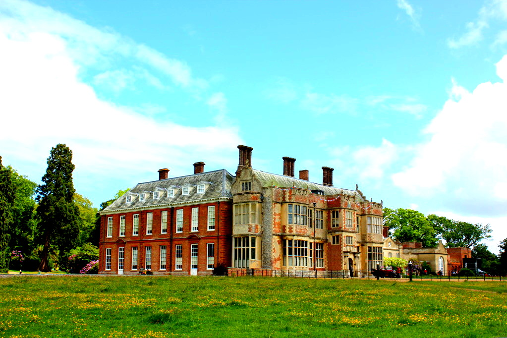 Felbrigg Hall Is 17th Century Country additionally Restored 1988 Jeep Grand Wagoneer 1006719 additionally Felbrigg Hall Is 17th Century Country as well Projects Fantomworks likewise Harrierswanted. on phantom works norfolk