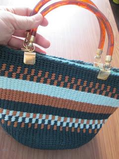 Knitted_green_handbag