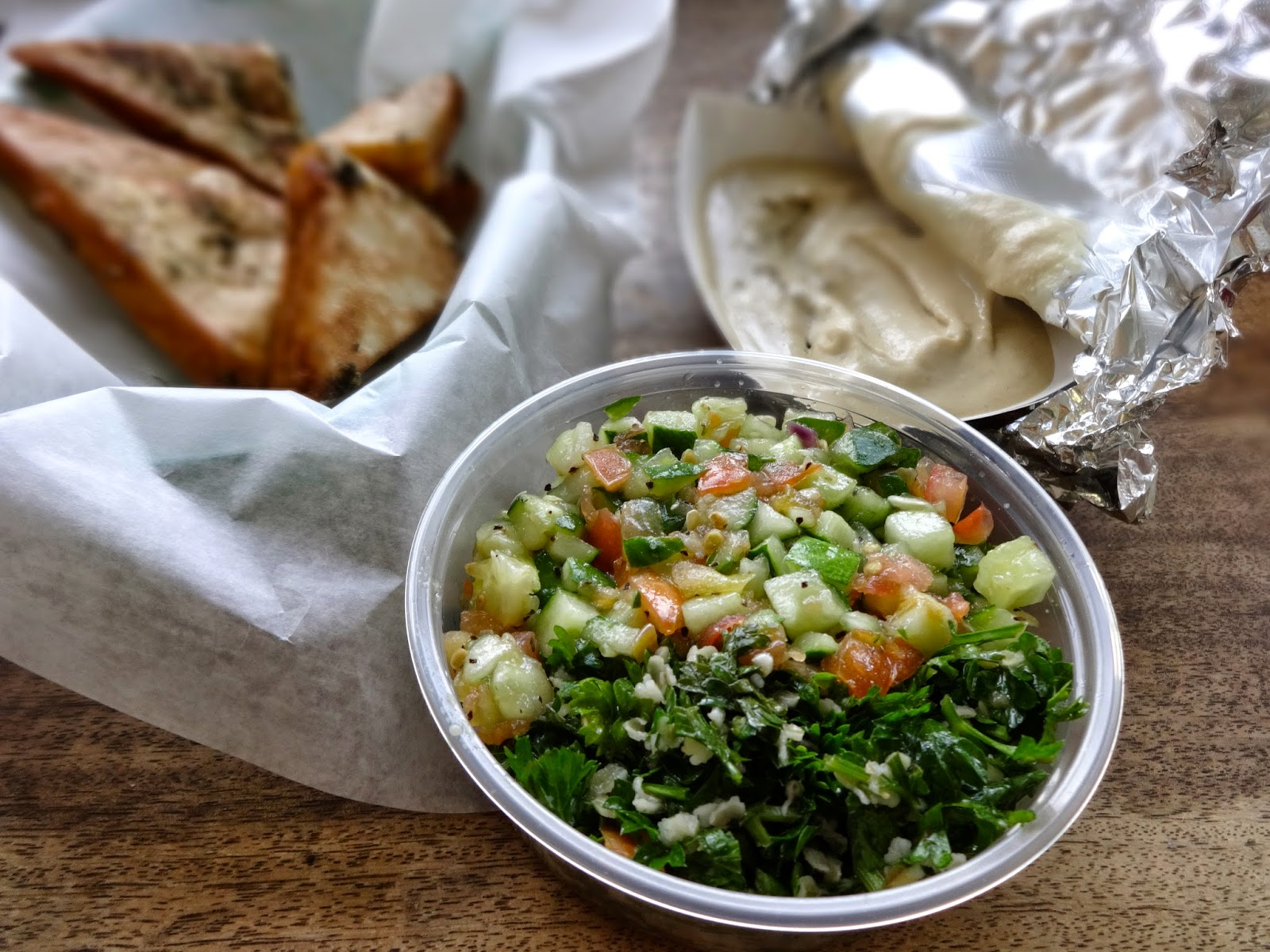 The Fashionably-Forward Foodie: Shaloha Pita