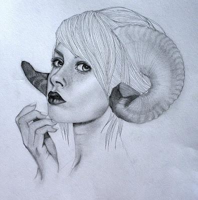 Dibujo a Lapiz de Mujer con Cuernos - aries