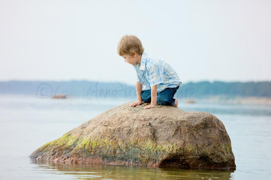 poiss-kivil