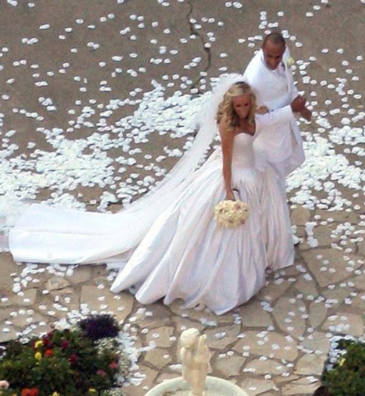 Kendra Wilkinson Wedding: Celebrity Wedding- Kendra And Hank