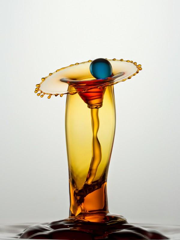 Bộ ảnh đẹp mê ly sáng tạo từ giọt nước rơi