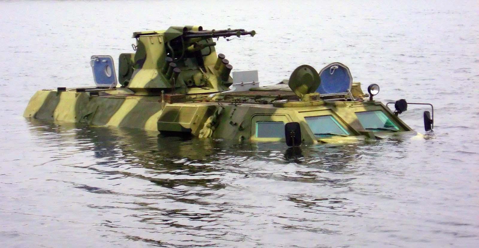 Оклопни борбени возила Btr4-swiming_2l