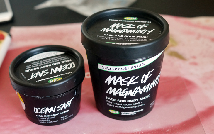 favorite_lush_masks_review_for_acne_skin_mask_of_magnaminty_ocean_salt