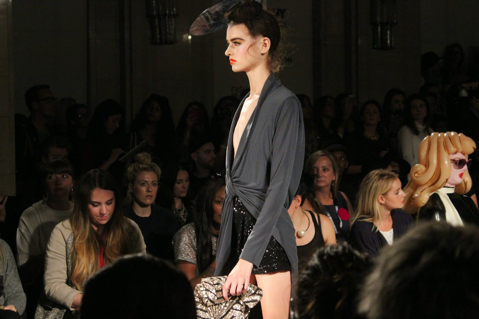 london-fashion-week-2014-lfw-spring-summer-2015-blogger-fashion-freemasons hall-fashion-scout-ashley-isham-catwalk-models-dress-top-shorts