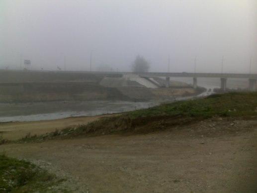 мост через реку Агадум