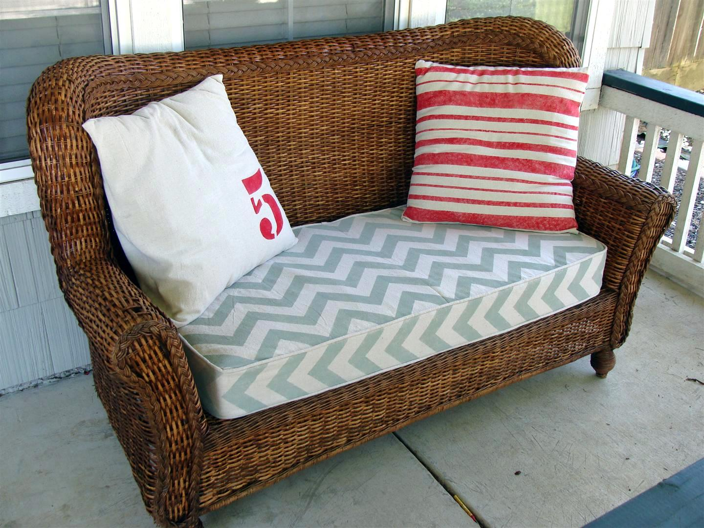 diddle dumpling before and after wicker loveseat more stenciled projects