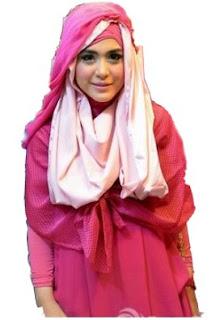 Trend Hijab Modern ala April Jasmine